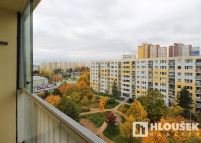 Výhled z lodžie - byt 3+kk/L, ul. Křejpského, Praha 4 - Chodov