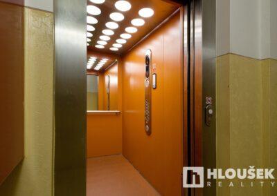 Výtah - byt 3+kk/L, ul. Křejpského, Praha 4 - Chodov